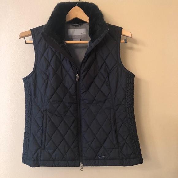 Nike Jackets & Blazers - Nike Black Quilted Vest w/ Faux Fur Collar Sz M